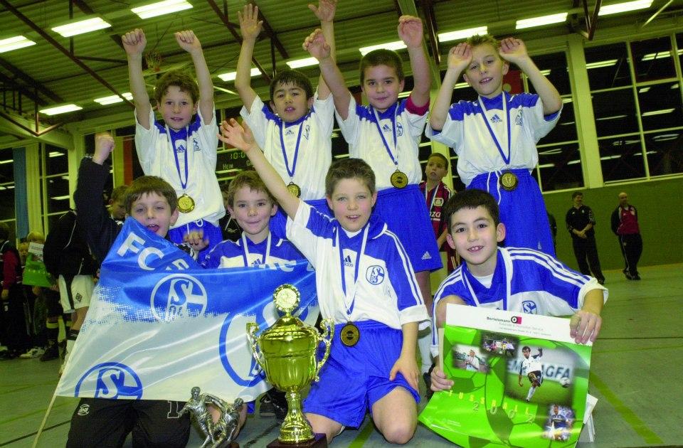 Nationalspieler Julian Draxler (S04) stand 2002 mit den Knappen in Rietberg auf dem Parkett und wurde mit der U9-Jugend Turniersieger.
